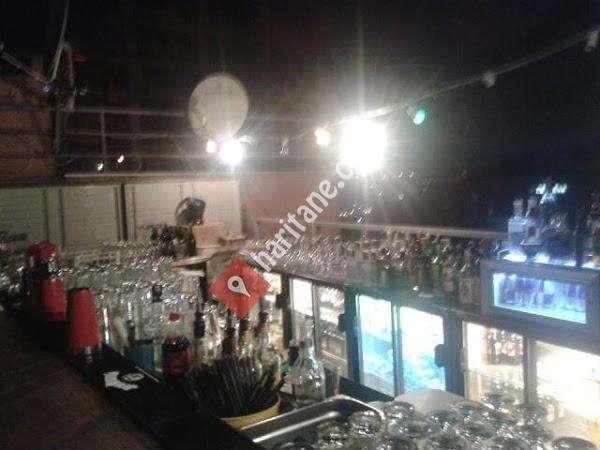 Balkon Cafe Bar