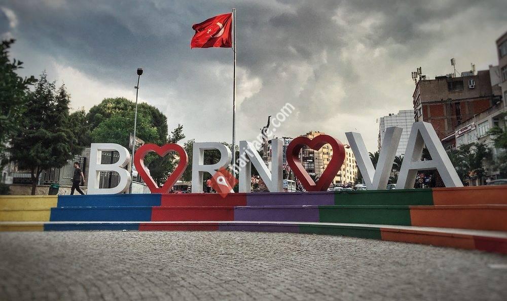 Bornova Meydanı