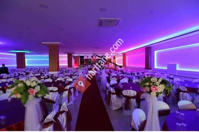 Dallar Düğün Salonu göçerler