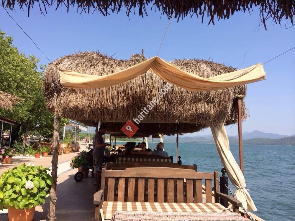 Paşa Cafe & Bar