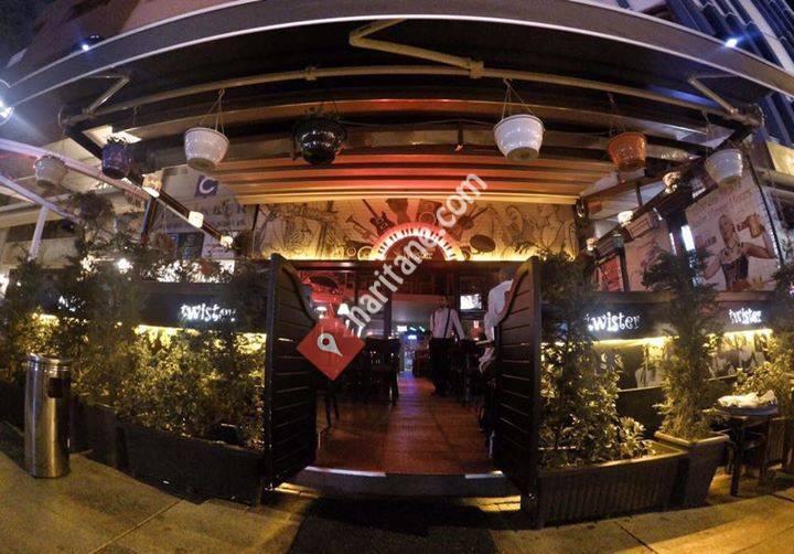 Twister Pub
