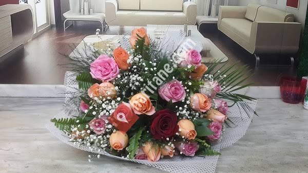 Ünlü Çiçek Ve Peyzaj