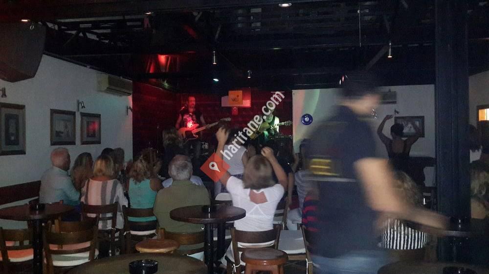 Veli Bar